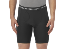 Giro M Base Liner Short - Unterhose mit Polster